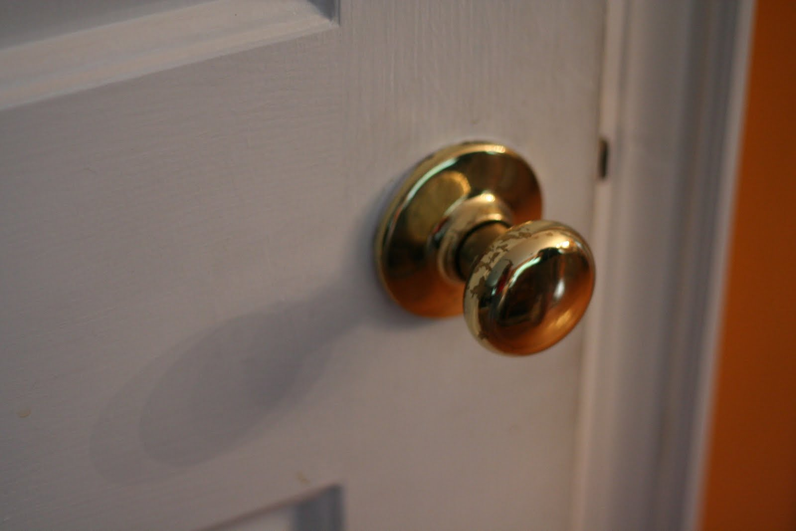 Updating interior door hardware toronto door hardware for Small door knobs and handles