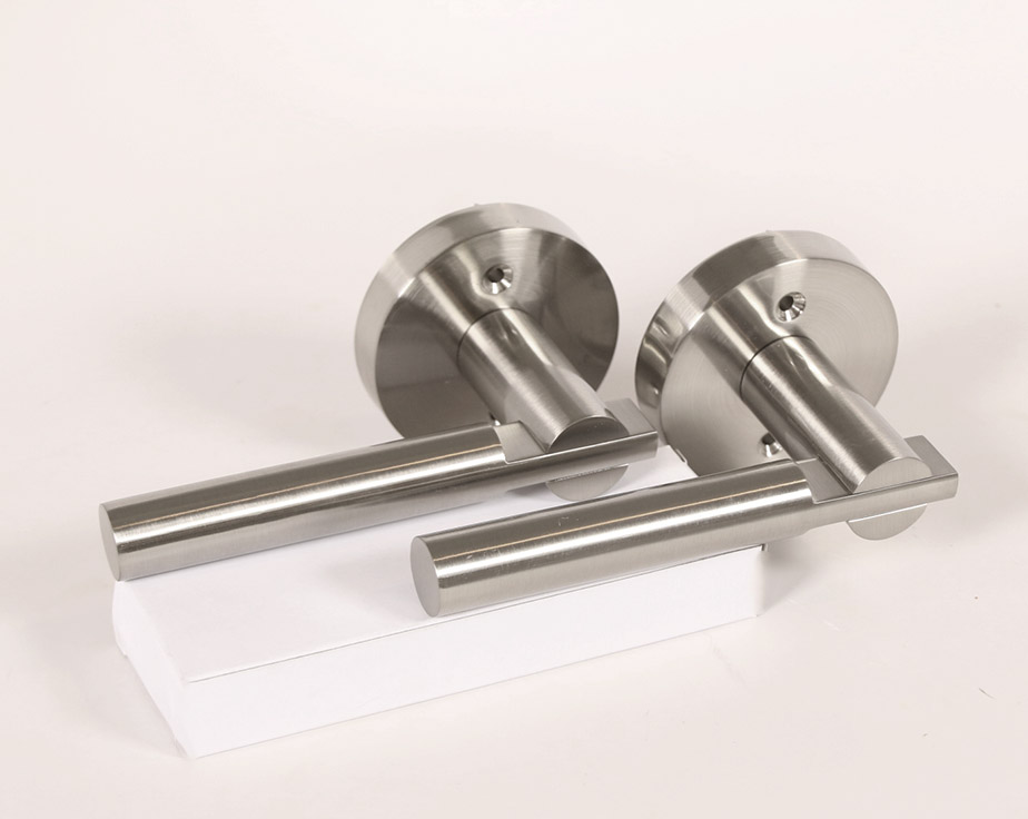 Saturn Modern Door Handle Lever Set With Push Button Lock
