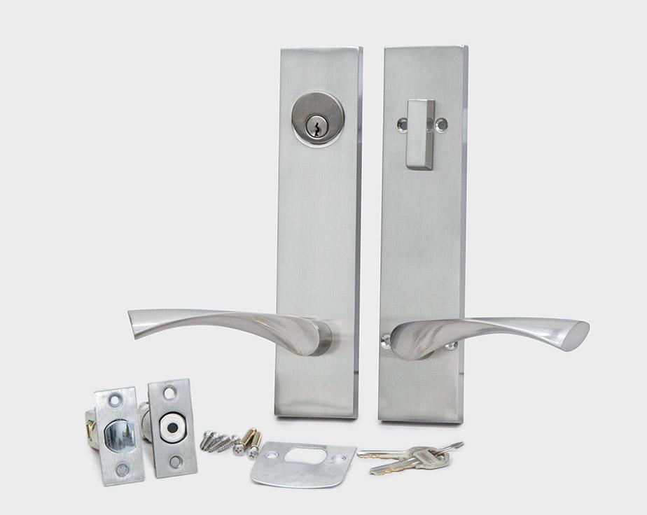 square-plate-curved-lever-satin-nickel-left-entrance